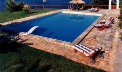 sunscape_Villa_karapoliti_Poolside
